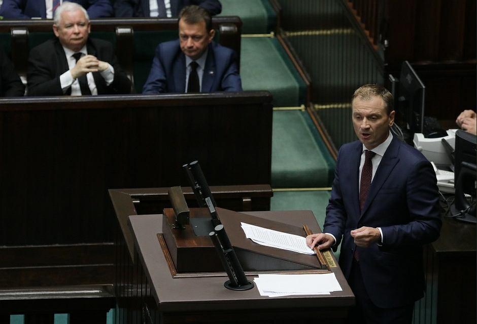 Sławomir Nitras prezentuje kandydaturę PO na marszałka Sejmu Małgorzatę Kidawę-Błońską