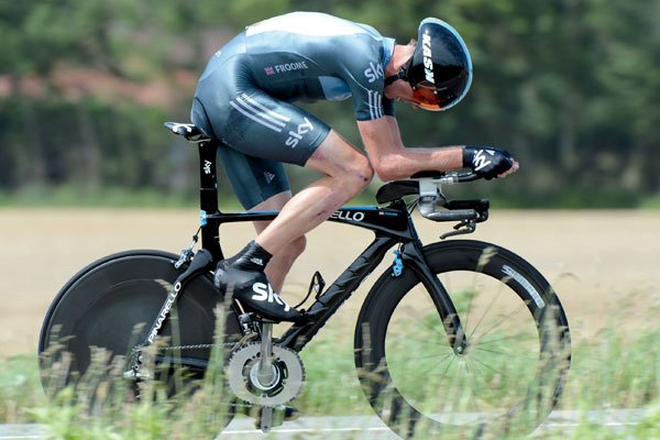 Chris Froome na rowerze z elipsą