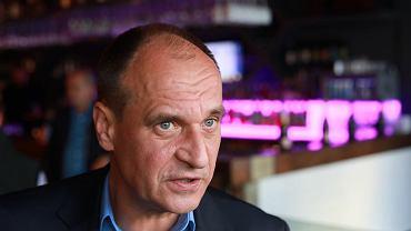 Sejm przyjął uchwałę ws. Nord Stream 2. Kukiz głosował przeciw. 'Miałem niezsynchronizowany obraz'. Na zdjęciu Paweł Kukiz