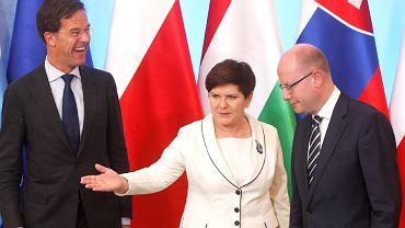 Na zdjęciu: Beata Szydło, Charles Michel oraz Mark Rutte.