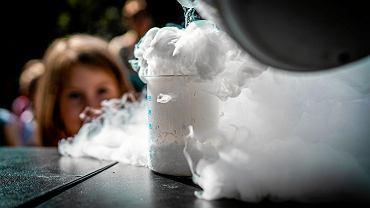 Naukowy piknik MPWiK. Eksperymenty to duża atrakcja, nie tylko dla dzieci
