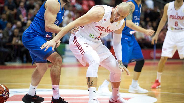 Ergo Arena. Polska - Włochy 94:78 w meczu eliminacji do mistrzostw świata. Maciej Lampe