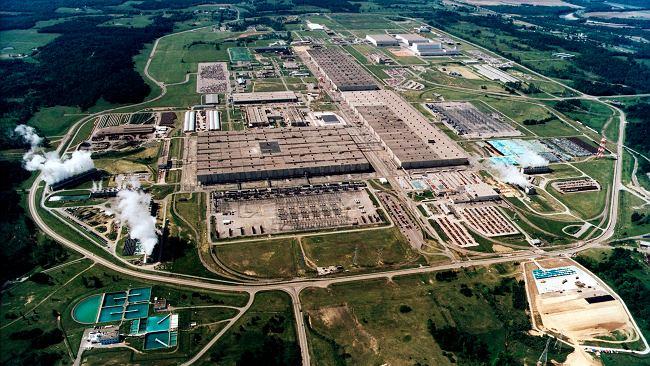 Francja dalej stawia na atom. Rząd prosi energetyków, by przygotowali budowę reaktorów jądrowych