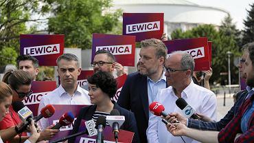 Konferencja prasowa 'Lewicy', na której zaprezentowano logo, 15 sierpnia 2018.