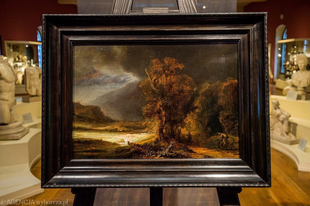 Prezentacja obrazu 'Krajobraz z miłosiernym Samarytaninem' Rembrandta z 1638 r. w kolekcji Muzeum Książąt Czartoryskich w Krakowie. 22 lipca 2016