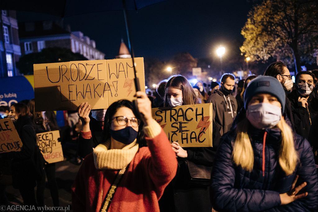 Protest kobiet - zdjęcie ilustracyjne