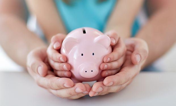 Nie tylko świnka skarbonka. Oszczędności ucz dziecka od najmłodszych lat. To zaprocentuje [PORADY RODZICÓW]