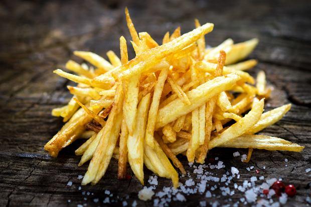 Jak zrobić frytki? Chrupiący przysmak z ziemniaków w domowej odsłonie