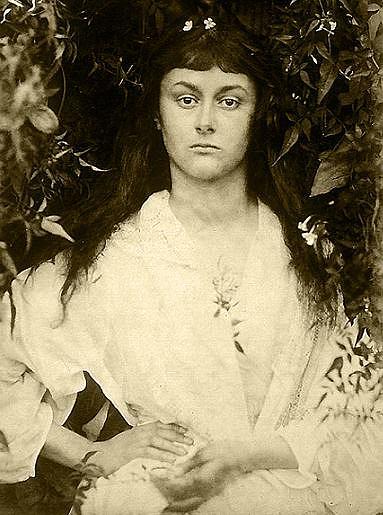 Alice w wieku 20 lat