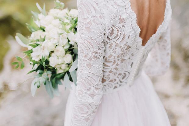 Suknie ślubne 2021. Zdjęcie ilustracyjne