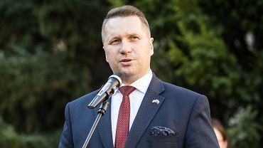 Polska szczepionka na koronawirusa. Czarnek zapewnia: Pieniądze zostaną przyznane