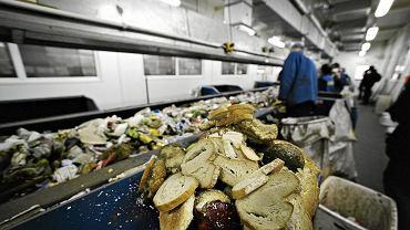 Sortownia śmieci w Łódzkim Zakładzie Oczyszczania.