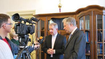 Ks. Bogdan Prach z rektorem UMCS, prof. Stanisławem Michałowskim