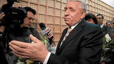 Andrzej Lepper w łódzkim sądzie apelacyjnym czasie ogłoszenia wyroku w sprawie seksafery w Samoobronie, marzec 2011