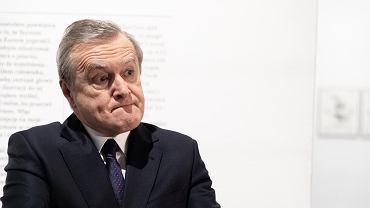 Minister kultury Piotr Gliński  uruchamia program 'Kultura w sieci'. To pieniądze dla instytucji kultury i stypendia dla artystów