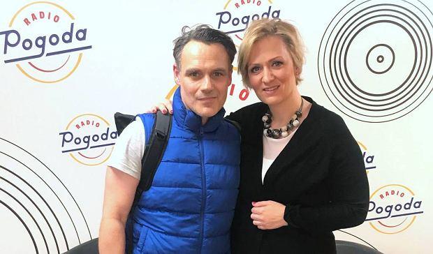 Dziennikarka Anna Stachowska i aktor Jan Wieczorkowski w Radiu Pogoda