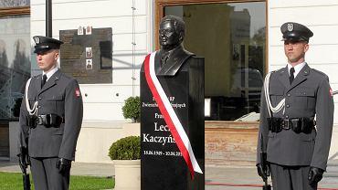 Nowy pomnika prezydenta Lecha Kaczyńskiego