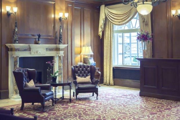 Ambasada USA sprzedaje meble i sprzęt AGD