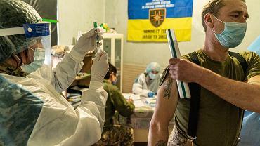 Ukraina. Wykryto nowe, niebezpieczne odmiany brytyjskiego wariantu koronawirusa