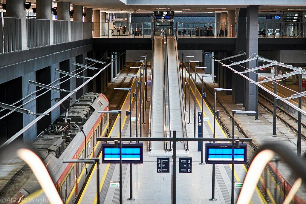 Nowoczesny dworzec kolejowy Łódź Fabryczna w Łodzi (fot. Tomasz Staczak/AG)