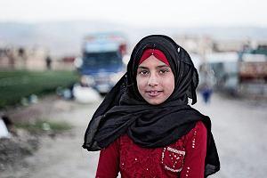 Kim jest dziewczynka z festiwalowych plakatów? To syryjska 12-latka z historią nie dla dzieci