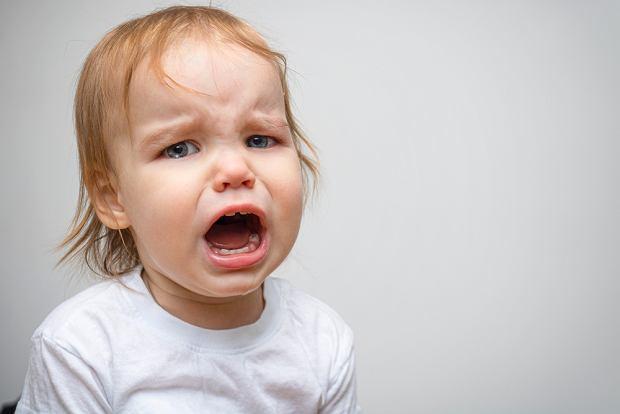 Co robić, gdy dziecko wybije sobie ząb?