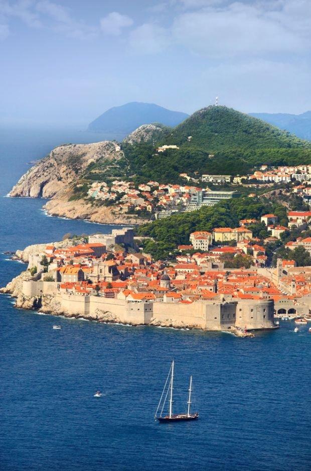 """""""Mały kraj na wielkie wakacje""""? Wcale nie taki mały. Wczasy w Chorwacji na 8 sposobów"""