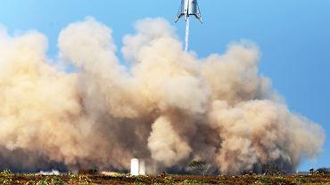 Starhopper podczas testów w południowym Teksasie