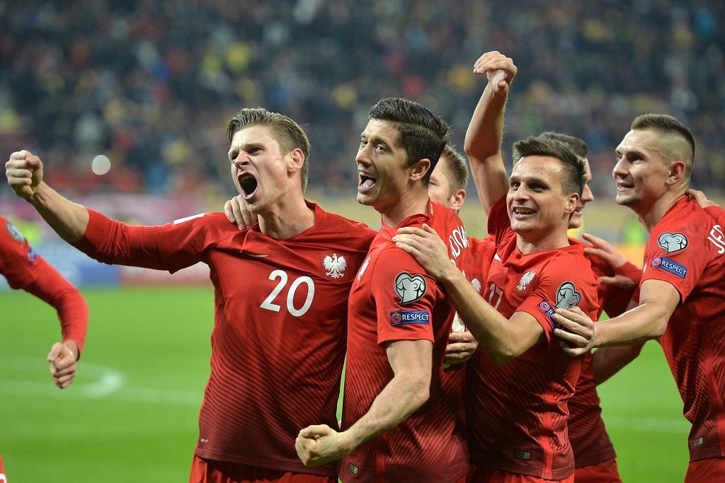 Radość polskiej drużyny po golu strzelonym Rumunii
