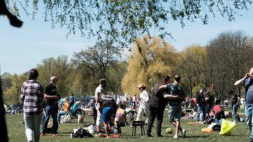 Cieply wiosenny w Poznaniu