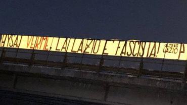 'Robaku. Lazio jest faszystowskie'. Skandal we Włoszech po zachowaniu kibiców