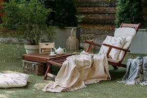 Taras i balkon jesienią, czyli jak stworzyć atrakcyjne miejsce do wypoczynku