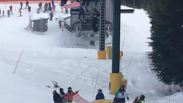 Kadr z nagrania ze stoku w Grouse Mountain w Kanadzie.