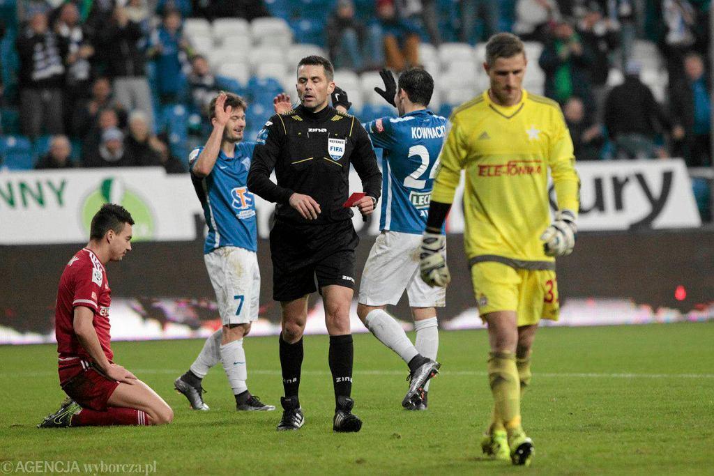 Lech Poznań - Wisła Kraków 2:0. Sędzia Daniel Stefański i Radosław Cierzniak