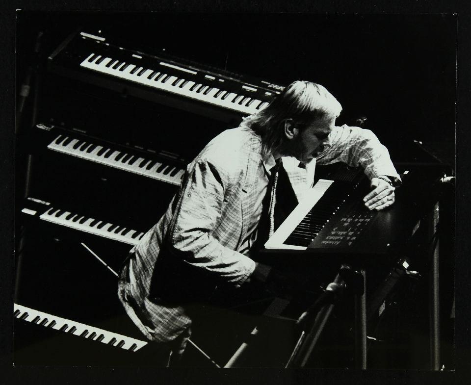 Rick Wakeman podczas koncertu w Hertfordshire, 6.10.1987