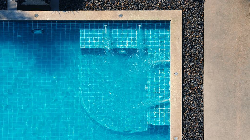 Pompa do basenu.