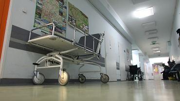 NFZ skontroluje szpital w Sosnowcu. Pacjent zmarł tam na izbie przyjęć po 9 godzinach czekania