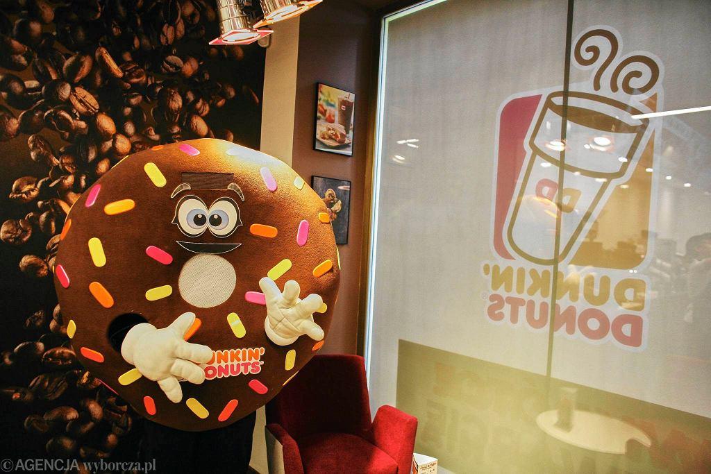 Nowy lokal Dunkin' Donuts przy nowym Świecie 54/56