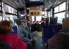 """Koronawirus. Dużo mniej ludzi w płockich autobusach, jeżdżą głównie seniorzy. """"Wyczuwa się napięcie"""""""