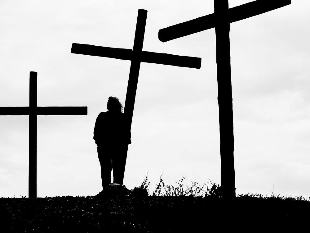 Co daje apostazja?