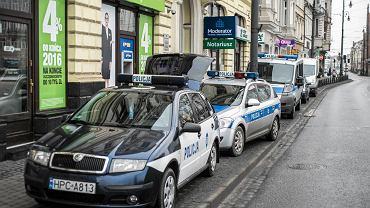 Policja zabezpiecza biuro Radosława Sikorskiego