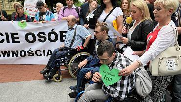 Protest osób niepełnosprawnych