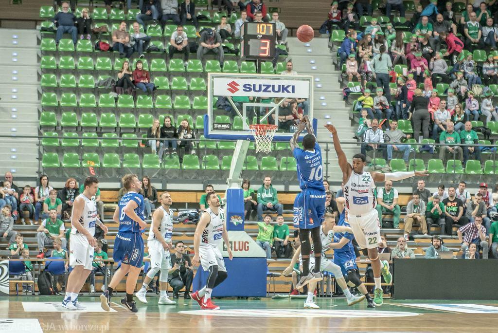 Stelmet BC Zielona Góra vs Polpharma Starogard Gdański