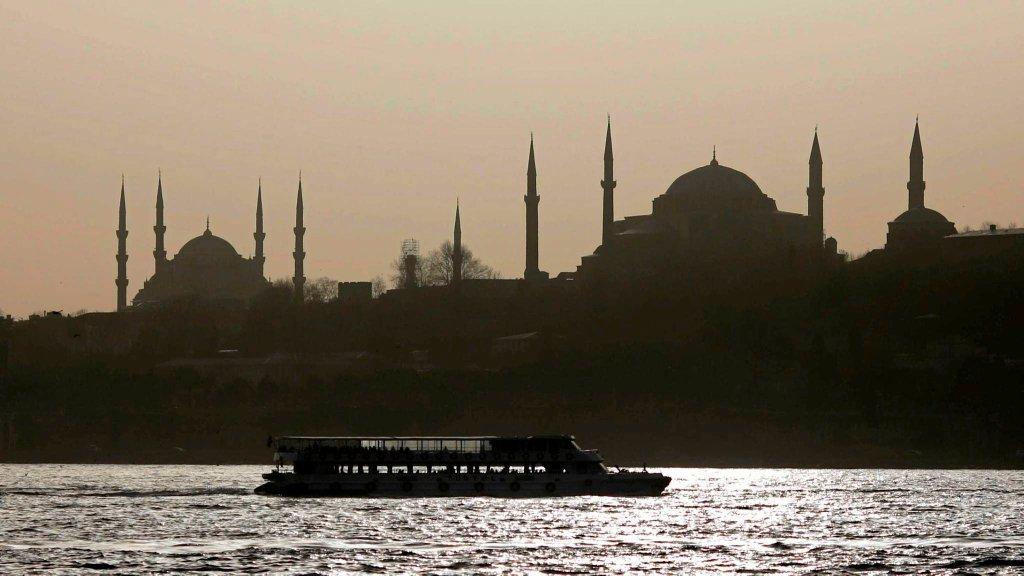Panorama Sultanahmet - dzielnicy Stambułu, gdzie znajdują się Hagia Sophia i Błękitny Meczet