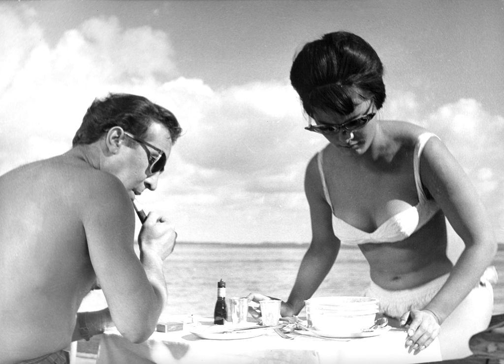 Polański, zafascynowany figurą odkrytej na basenie Jolanty Umeckiej, szybko przekonał się, że uroda nie musi iść w parze z talentem aktorskim (fot. MARY EVANS PICTURE LIBRARY / EAST NEWS)