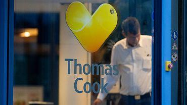 Thomas Cook ipada. Biuro firmy w Niemczech.