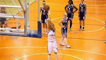 Basket Liga Kobiet: King Wilki Morskie Szczecin - KSSSE AZS PWSZ Gorzów 69:63