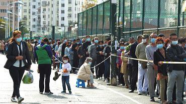 Kolejka do przeprowadzenia testu na koronawirusa, Qingdao, 12 października 2020 r.