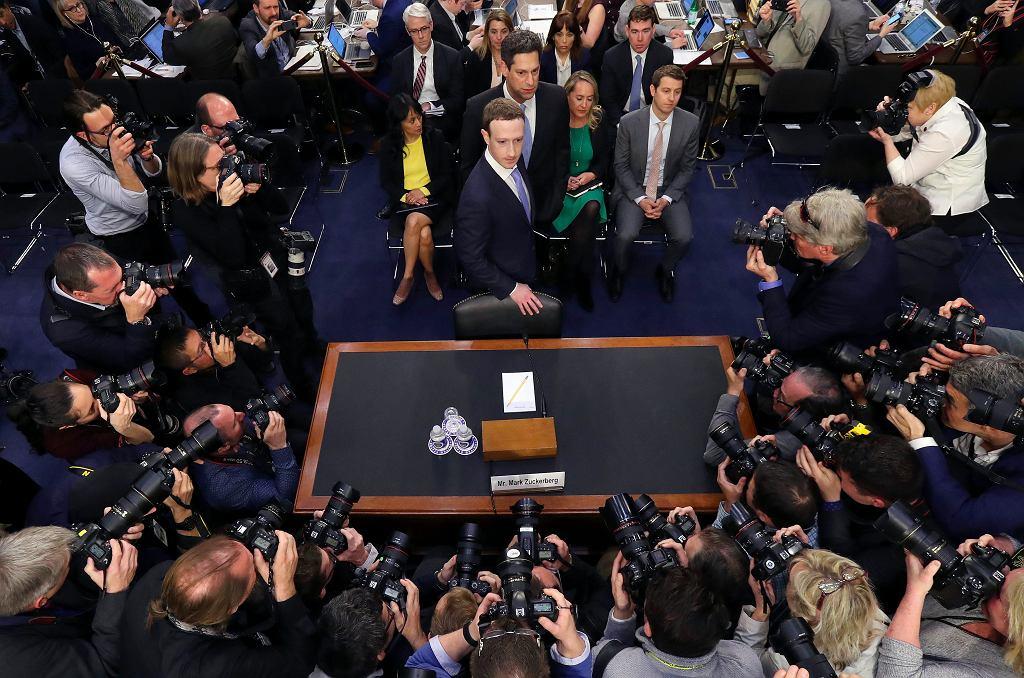 Mark Zuckerberg przesłuchany w amerykańskim parlamencie