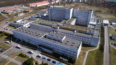 Szpital 'covidowy' przy ul. Szwajcarskiej w Poznaniu. Tu leczeni sa chorzy zakażeni koronawirusem